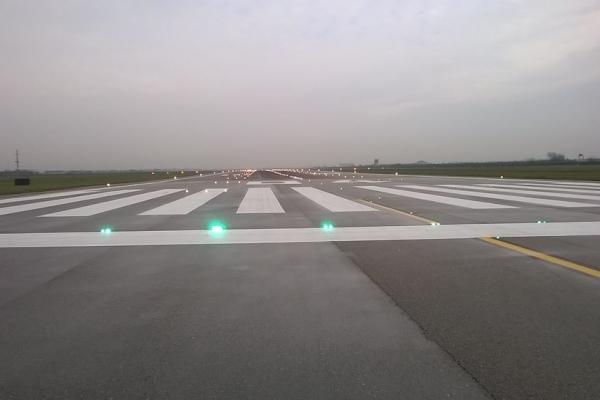 vernice linea alchidica segnaletica per aeroporti 5