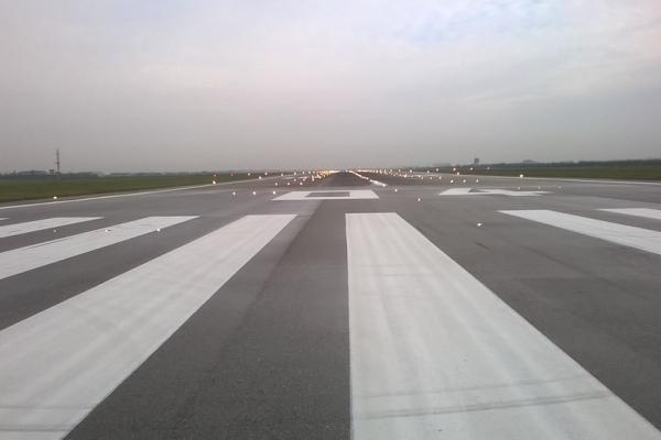 vernice linea alchidica segnaletica per aeroporti 6